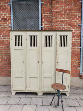 alte Holzschrank Kleiderschrank Holzspind Spind 0110ant
