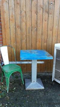 alter Tolix Tisch NR 1111 blau-silber