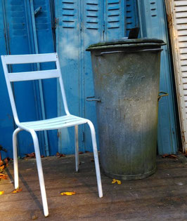 große alte Mülltonne aus Zinkblech Nr 0410