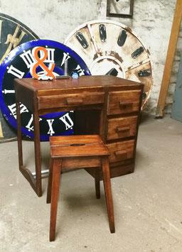 alter antiker Schreibtisch mit Schubladen plus Hocker  Nr 1309