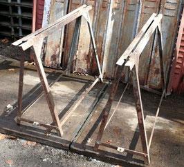 1 Paar Eisenböcke Tischgestell genietet Nr 2203