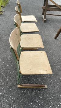 4er Set alte Kinderstühle aus der Grundschule 3006