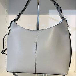 Edle Glattledertasche in Hellgrau mit einem Schultierriemen und einer abgesetzten Naht mittig