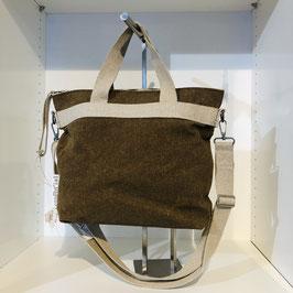 Braun/beige Tasche aus recyceltem Material, sehr stabil
