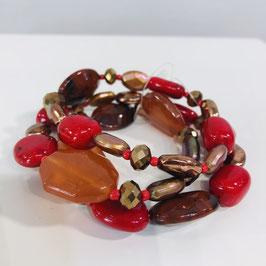 Rotes Armband bestehend aus 3 Reihen