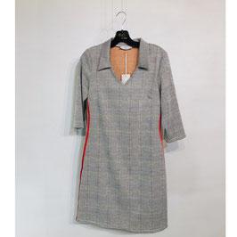 Kariertes Kleid mit rotem Streifen Gr. S/M