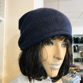 Blaue Mütze mit Strass-Herzen