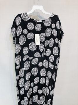 Masai Kleid schwarz mit Kreisen