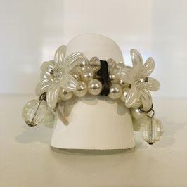 Weißes Perlen-Armband