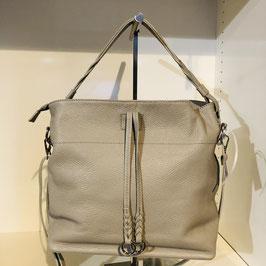 Beige Echtleder-Tasche mit 2 Bädeln und silbernen Zierelementen