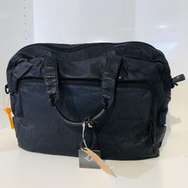 Schwarze Business-Tasche aus weichem Echtleder von VOI