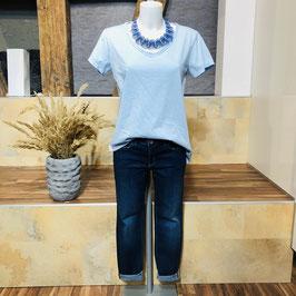 Hellblaues Shirt Größe S/M