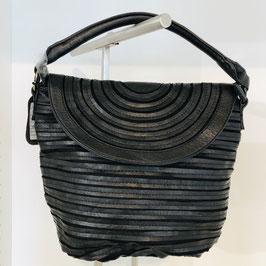 Trendige Handtasche aus veganem Leder in 2 Farbvarianten - mittelgroß