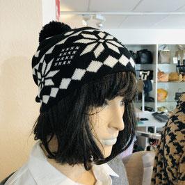 Mütze schwarz/weiß mit schwarzem Bommel
