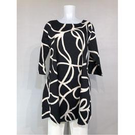 Masai Kleid schwarz mit weißen Kringeln A-Linie