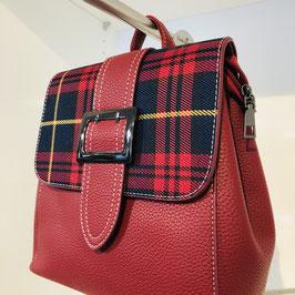 Roter Kunstleder-Rucksack mit Karo-Muster