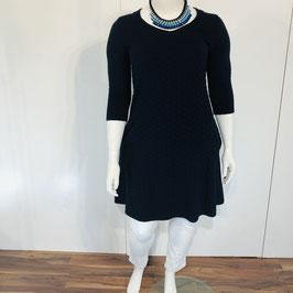 Dunkelblaues Jersey-Kleid in einer A-Linie aus strukturiertem Stoff