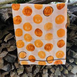 Tuch mit Kreise in verschiedenen Orange-Tönen