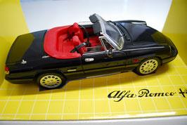 1:18 Alfa Romeo Spider 2.0 schwarz