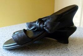 Pantoletten schwarz von Venturini Gr.39