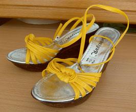 Gelbe Sandaletten Gr.36