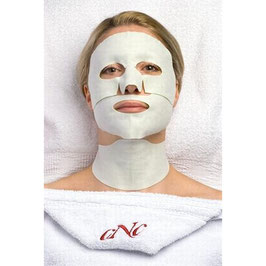 CNC aesthetic world Hydrogel Face & Neck Mask 3-teilig