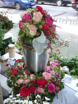 Blumen für die Urne