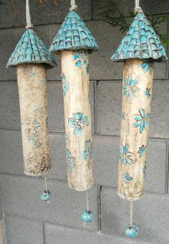 3 Keramik Windspiel Klangstäbe Burgtürme beige/hellblau