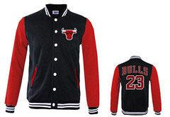 купить куртку Чикаго Булс черную