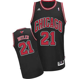 Баскетбольная майка Чикаго Булс №21 Батлер Джимми черная альтернативная SWINGMAN REV30