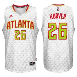 Баскетбольная майка Атланта Хоукс № 26 Кайл Корвер белая домашняя SWINGMAN REV30