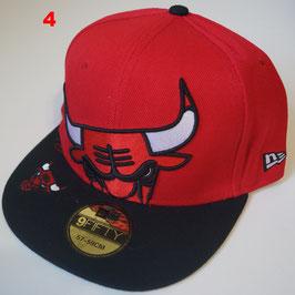 Чикаго Буллз бейсболка NBA №4 купить красную с черным прямым козырьком и быком