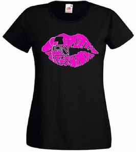 "PNG ""Kiss"" Lady T-Shirt"