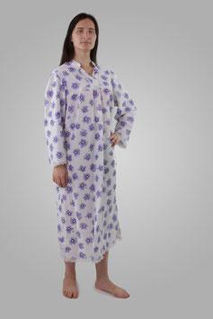 Ночнушка белая в фиолетовые цветы