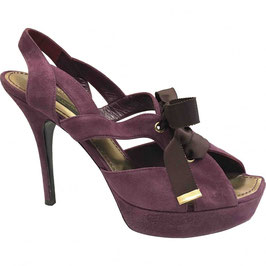 Sandales Louis Vuitton en cuir violet Oups, VENDUES !