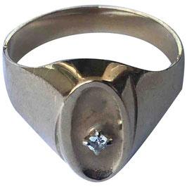 Bague chevalière en or jaune 18k et diamant