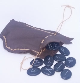 Runenset mit Lederbeutel Unikat