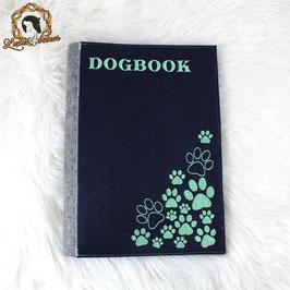 Besticktes Dogbook aus Filz in Din A4