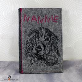 Besticktes Dogbook/Equidenpass-Hülle aus Filz - DIN A5