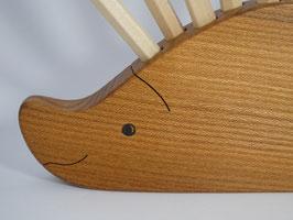 Stifthalter Igel aus Ulmenholz & 12 Buntstifte