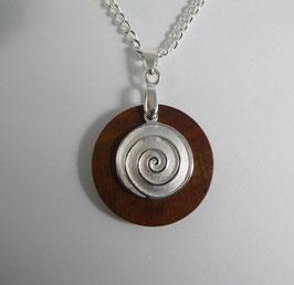 Halskette mit Anhänger aus Zwetschge & Spirale aus 925 Silber