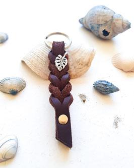 Schlüsselanhänger aus Fettleder ~ dunkelbraun & silber