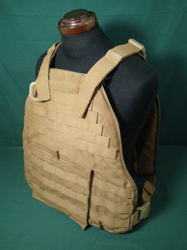売切れ USMC EAGLE SCALABLE PLATE CARRIER W/CB