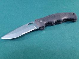 売切れ GERBER GATOR2フォールディングナイフ