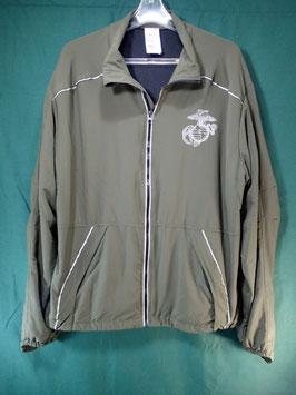 売切れ New Balance 最新型 トレーニングジャケット L-R 中古良品