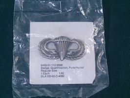 米軍放出品 パラシュート章 ピンバッチ