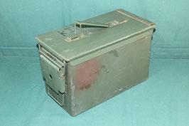 アーモボックス 弾薬箱 ①