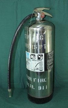 米軍使用 ミリタリー消火器  2 1/2GALLON WATER 中古②