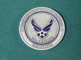 売切れ 米軍放出品 U.S AIR FORCE 記念メダル