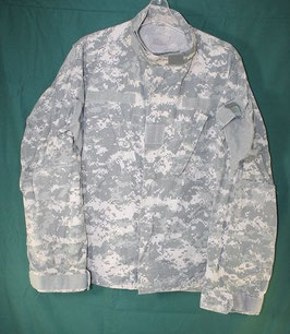 売切れ 米軍放出品 ARMY ACU ジャケット L-S